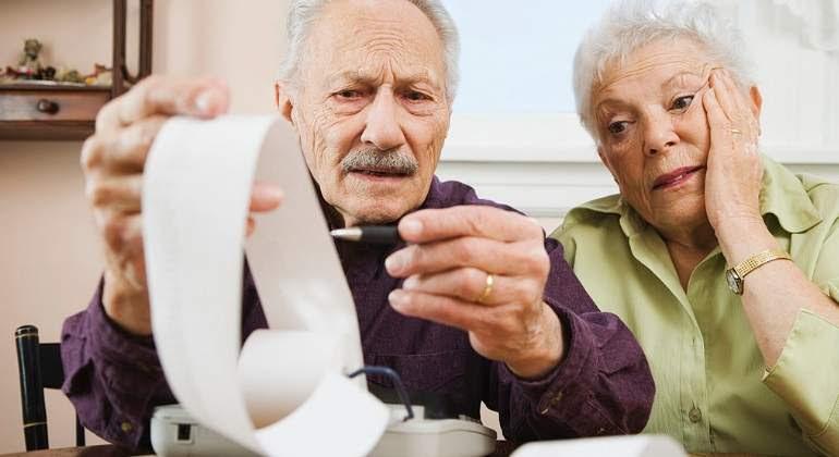 Resultado de imagen para jubilados y las cuentas