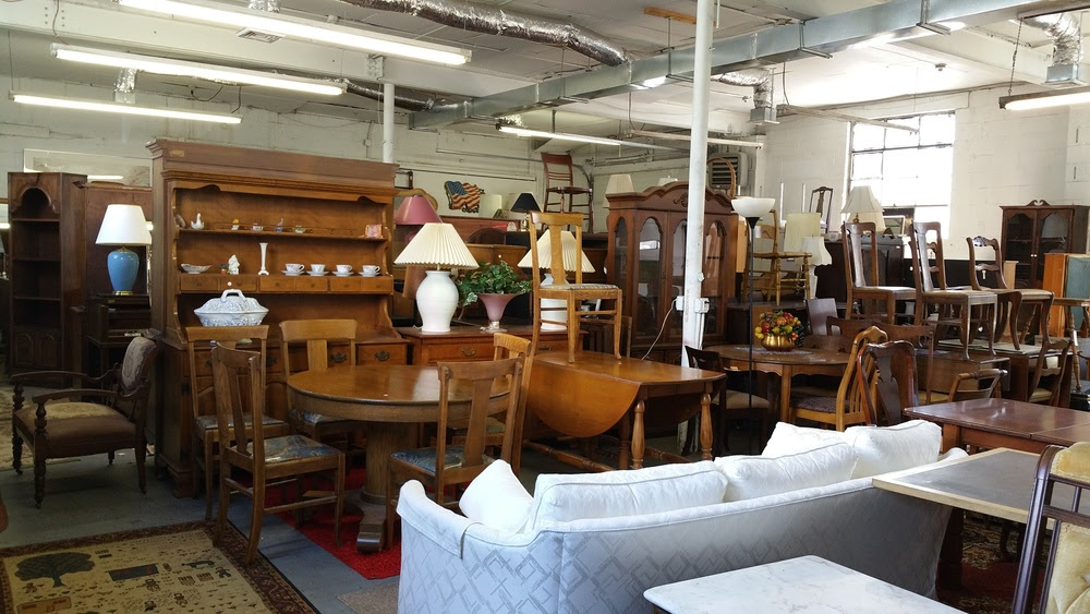 A Simple Guide to Buying Furniture on Craigslist