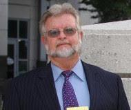 Mark E. Schmidter