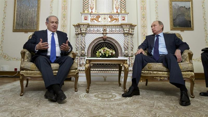 "Netanyahu (L) said he and Putin ""agreed on a mechanism to prevent [...] misunderstandings"" [Reuters]"