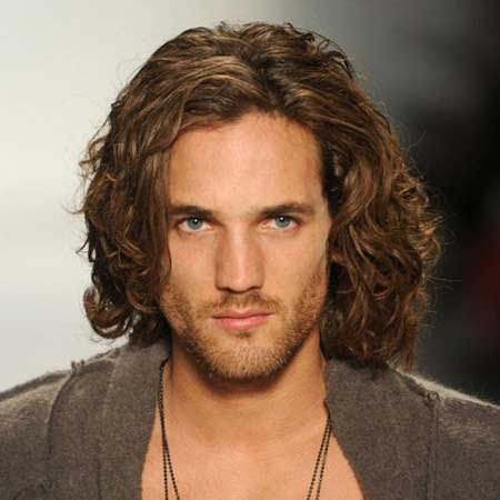 Long Hairstyles for Men 2012 - 2013   The Best Mens ...