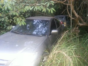 Carros foram recuperados em Divinópolis (Foto: Polícia Militar/Divulgação)