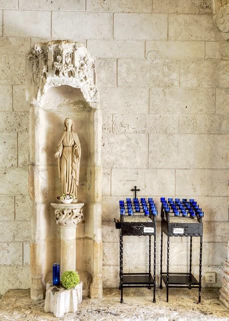 St. Bernard de Clairvaux Mary
