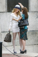 Leighton Meester as Blair wearing Coach