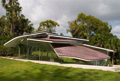 Unique Architecture of a Modern Mountain House Design   Garden   Viahouse.Com