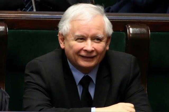PiS znów deklasuje opozycję w sondażu TNS Polska.