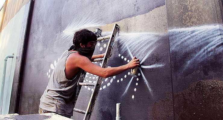 Brooklyn-Street-Art-Doodles-Living-Walls-Artist