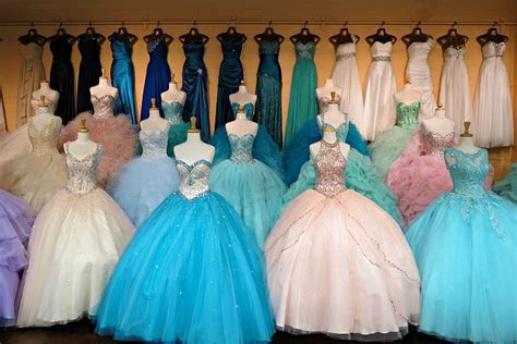 Where to Shop for Quinceañera Dresses in Santee Alley