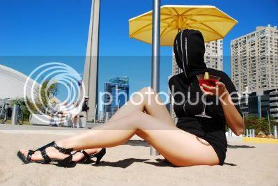 zipperdressbeach.jpg picture by Deathbutton