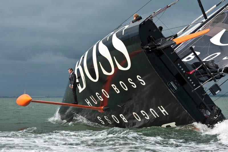 καρίνα-πόδια-hugo-boss-κοστούμι-boat-sailing-μόνιμη-on-Rutter
