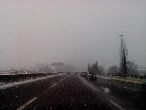 Neve densa in autostrada by Ylbert Durishti