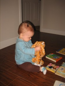 I love how focused she is when she plays and discovers.