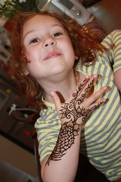 A Collection of Mehndi Designs for Kids ? SheIdeas