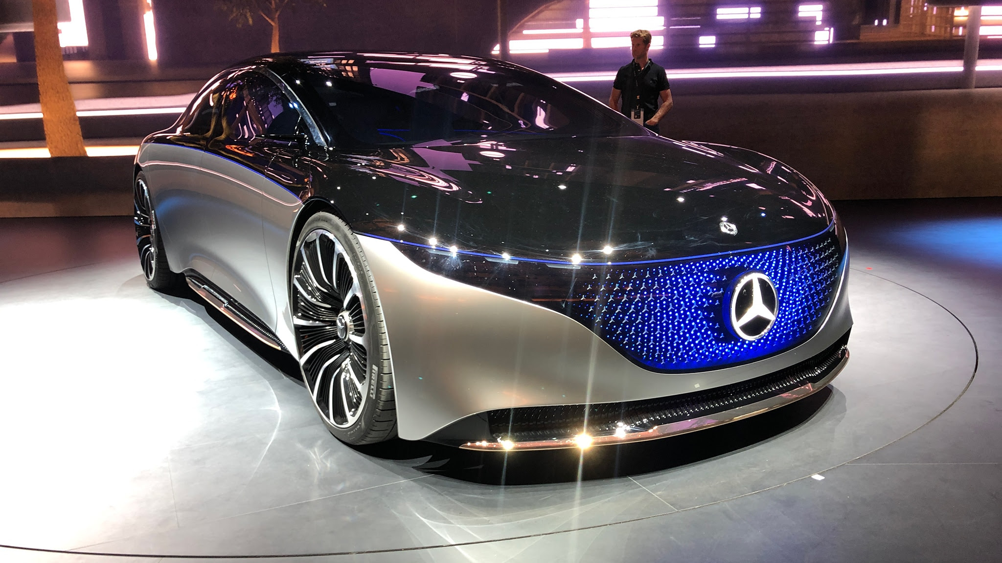 Mercedes-Benz EQS Concept: Paving the Way to an Electric S ...