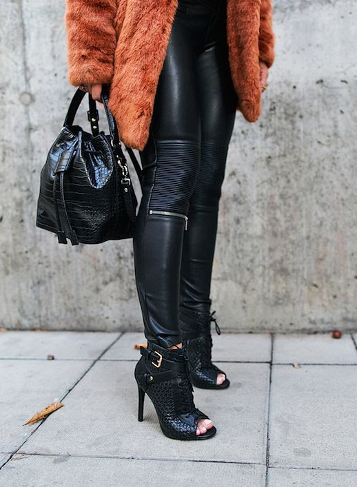 Le Fashion Blog 9 Pairs Of Faux Leather Leggings To Buy Via Angelica Blick