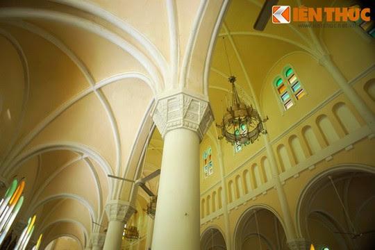 Khám phá nhà thờ Nhọn nổi tiếng ở Quy Nhơn - Ảnh 9.