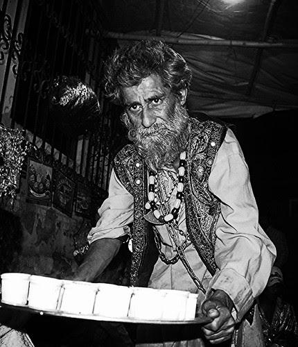 Kashmiri Bawa Serving Sufi Kava by firoze shakir photographerno1