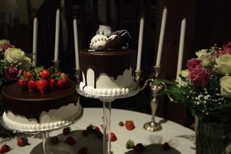 Images And Comments For Wedding Wonderland Cakeshop On 04