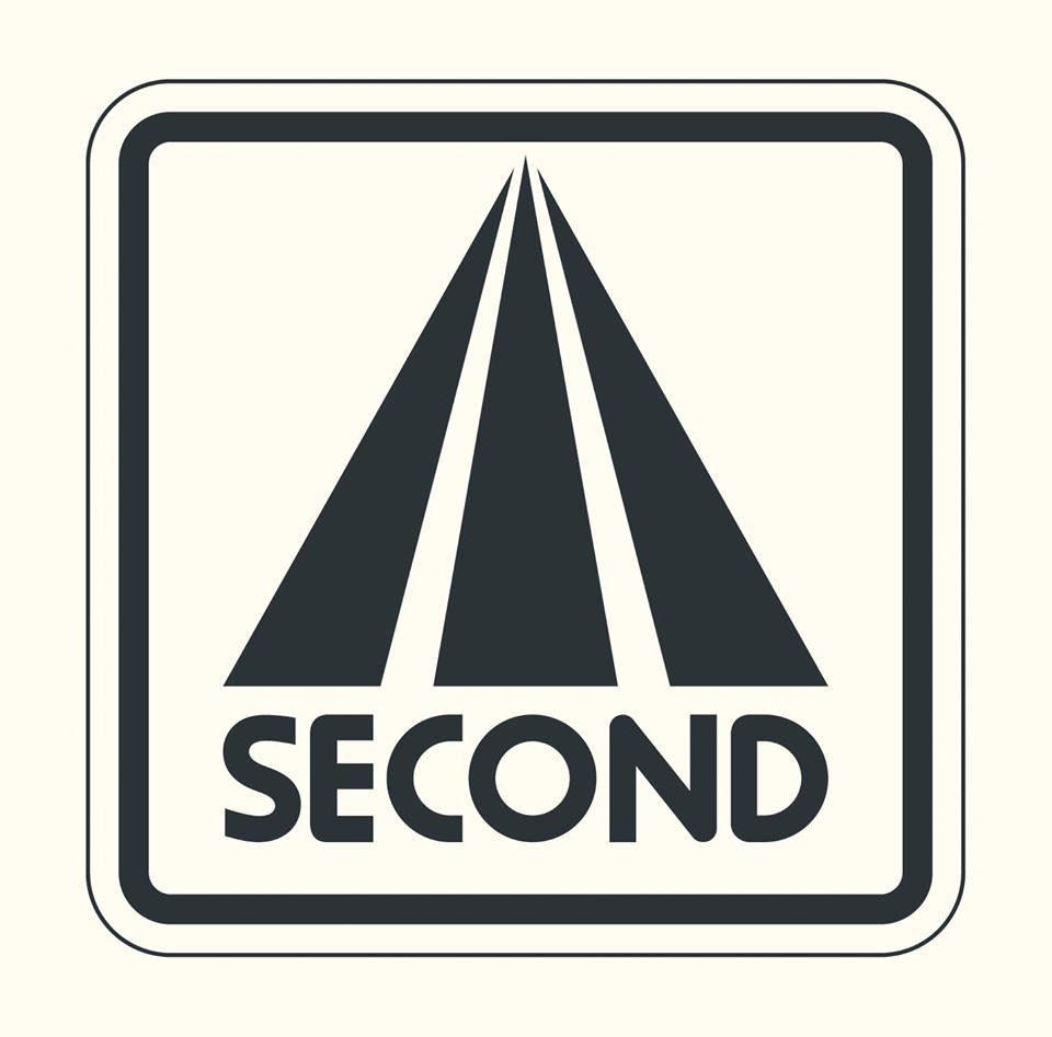 Second, portada del disco Montaña rusa