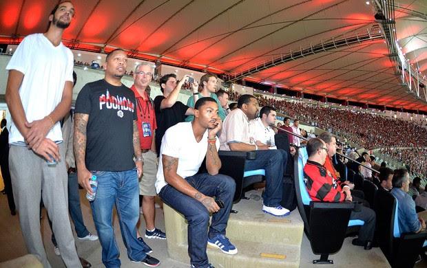 Jogadores do Chicago Bulls visitam o Maracanã Flamengo e Internacional (Foto: Fernando Soutello / AGIF)