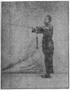 《昆吾劍譜》 李凌霄 (1935) - posture 16