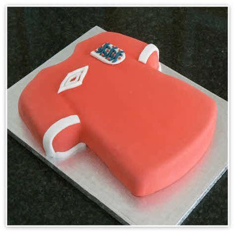Football Shirt Cake Images   Birthday Cakes   Essex