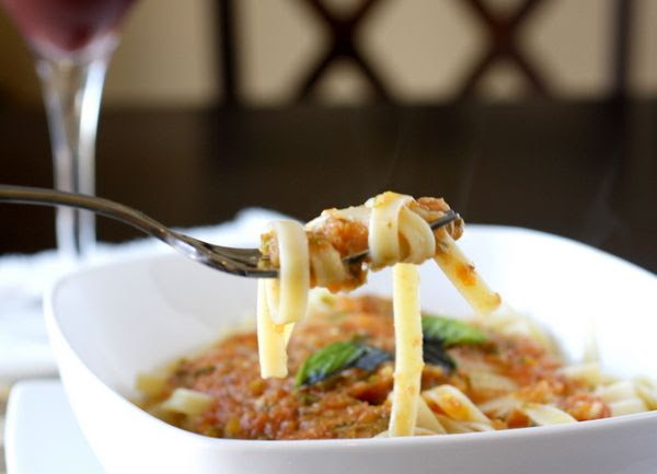 Fettuccine with Roasted Tomato Sauce