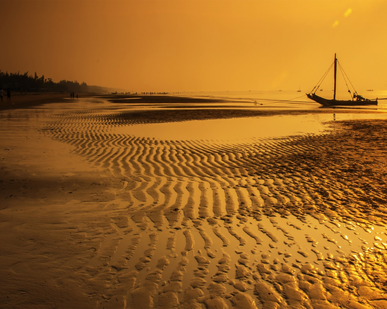 amazing Beach!! [1280×1024]