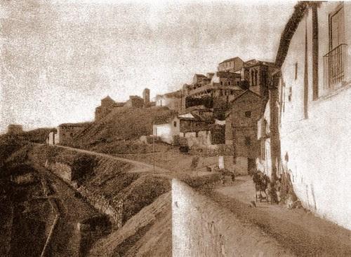 Iglesia de San Sebastián y su entorno (Toledo) a principios del siglo XX