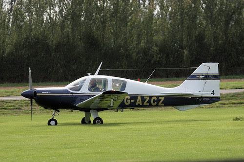 G-AZCZ