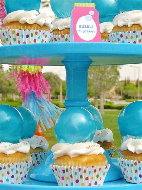 DIY Bubble Gelatin Cupcake Toppers   Evite