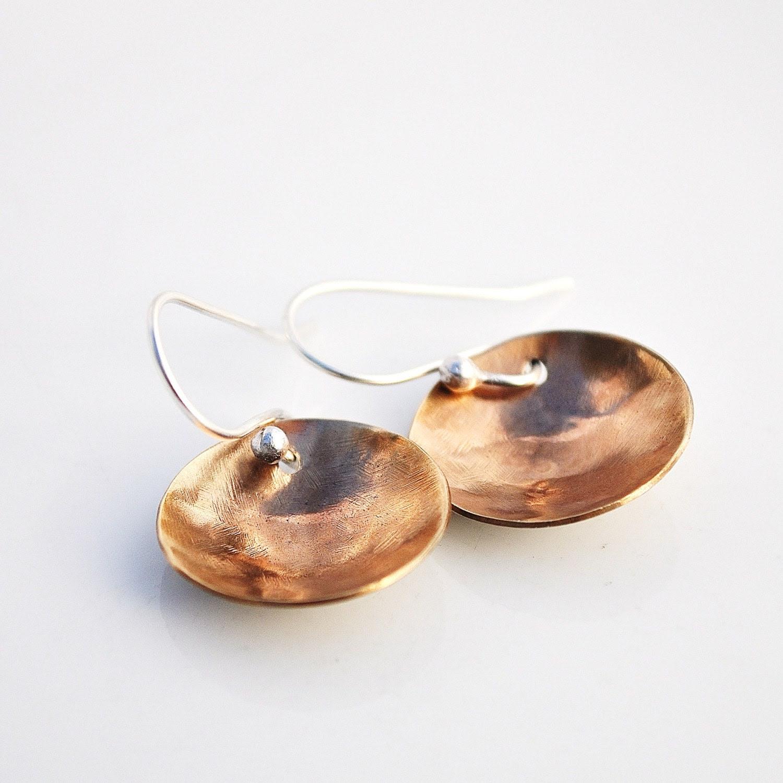 Handmade Golden Bowl Brass Earrings - BlueberryCream, серьги