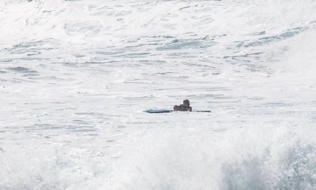 Guilherme Tâmega salva bodyboarder em Pipeline, no Havaí
