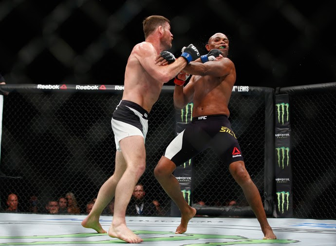 Anderson Silva x Michael Bisping (Foto: Getty Images)