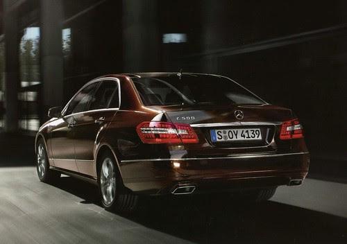 2010-mercedes-e-class-sedan-brochure-scans-leaked_14