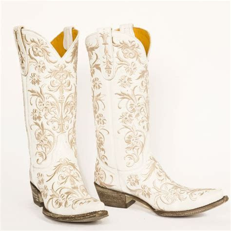 The 25  best White cowboy boots ideas on Pinterest