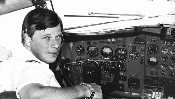 john lear was a cia agent and commercial airliner pilot