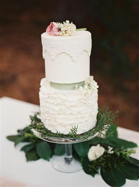An Elegant Woodland Wedding Inspiration Shoot : Chic