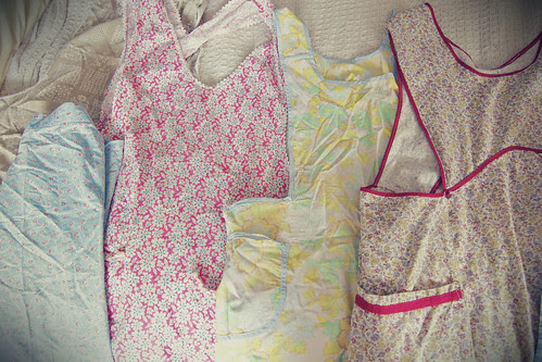 chantilly vintage aprons