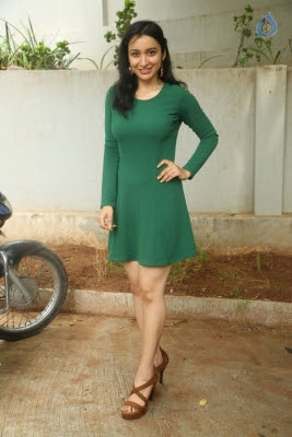 Sakshi Kakkar New Photos - 16 of 26