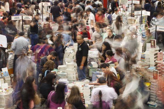 Compradores en la recién concluida Feria de Guadalajara.