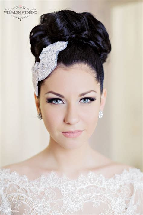 stunning bridal look from the smokey eyes and soft lip to