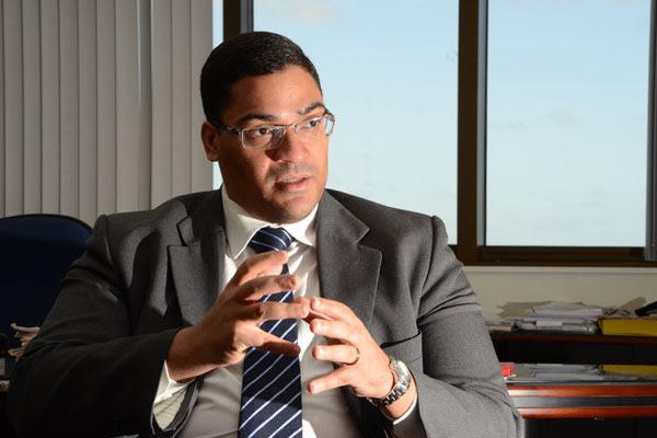 Luciano Ramos recomenda aos conselheiros do TCE que determinem fiscalização extraordinária