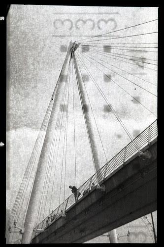 Hungerford Bridge by pho-Tony