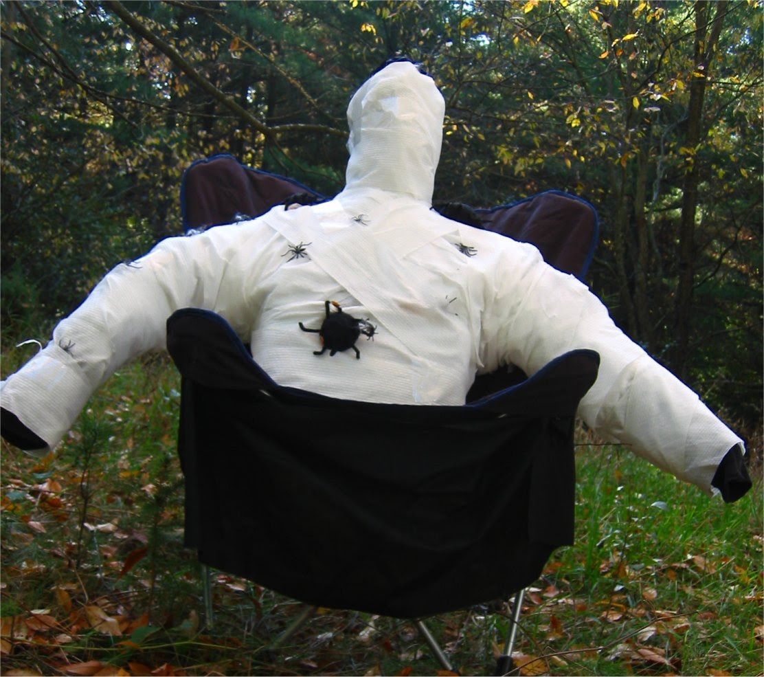 Lapham Peak Fright Hike 2005 - mummy with a spider problem - soul-amp.com