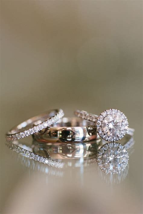 Best 20  Wedding ring photography ideas on Pinterest