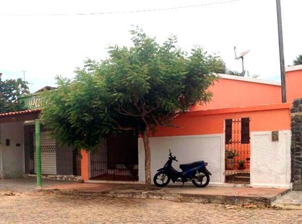 Adolescente de 14 anos, uma das vítimas da violência na Grande Natal, foi morto na porta de casa, em Ceará-Mirim (Foto: Michelle Rincon/Inter TV Cabugi)