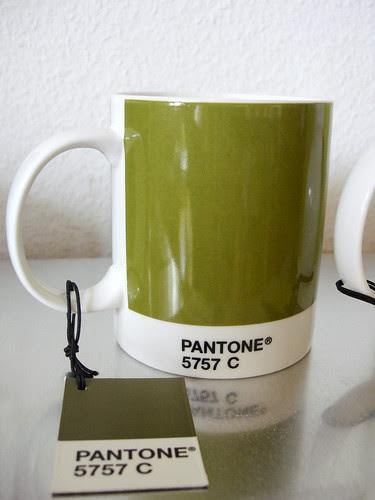 Cup Pantone 5757 C green