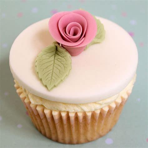 Bespoke cupcakes designed & freshly baked by Victoria Jane