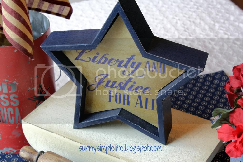 patriotic decor, blue star